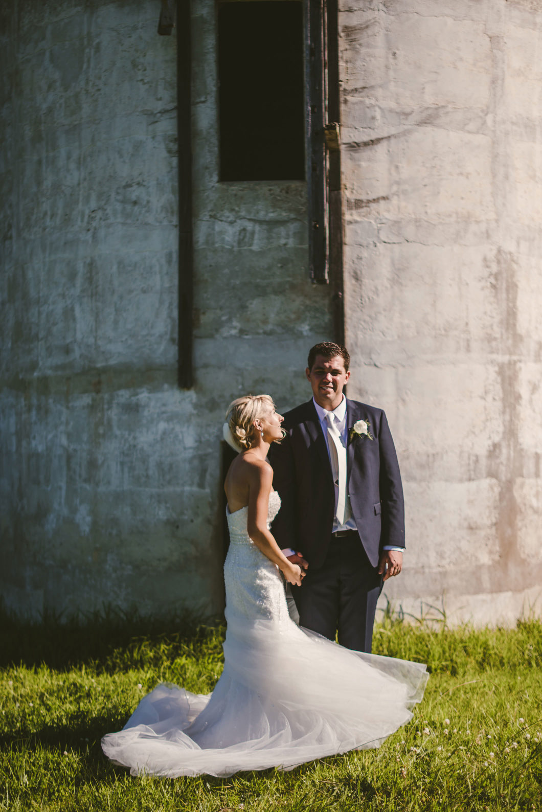 Berry Mountain Styled Sunny Country Wedding-10120