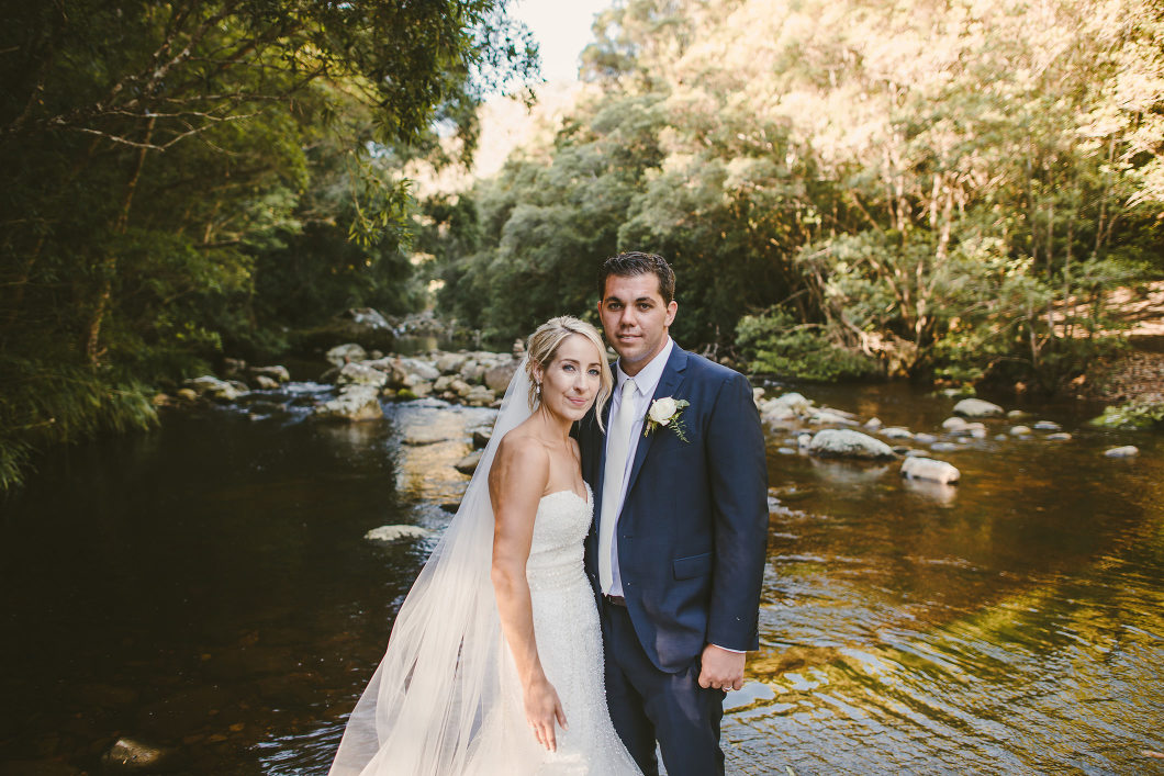 Berry Mountain Styled Sunny Country Wedding-10134