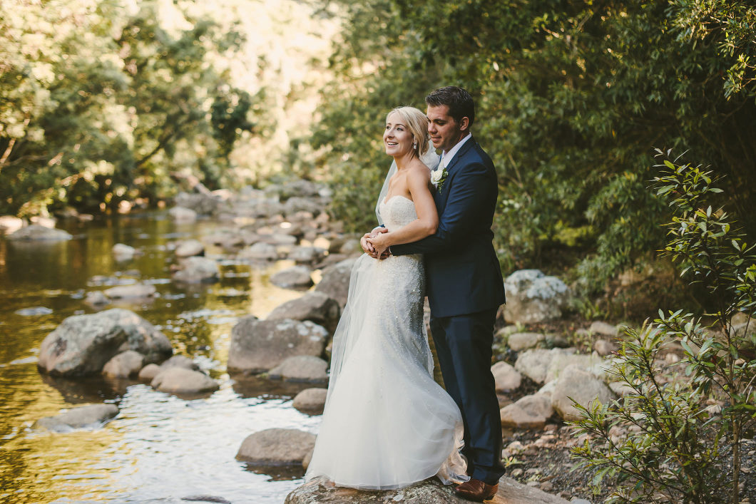 Berry Mountain Styled Sunny Country Wedding-10136