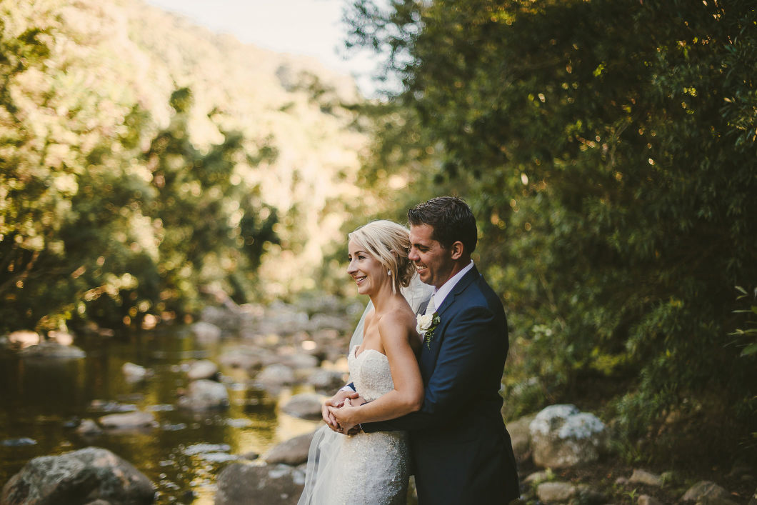 Berry Mountain Styled Sunny Country Wedding-10137