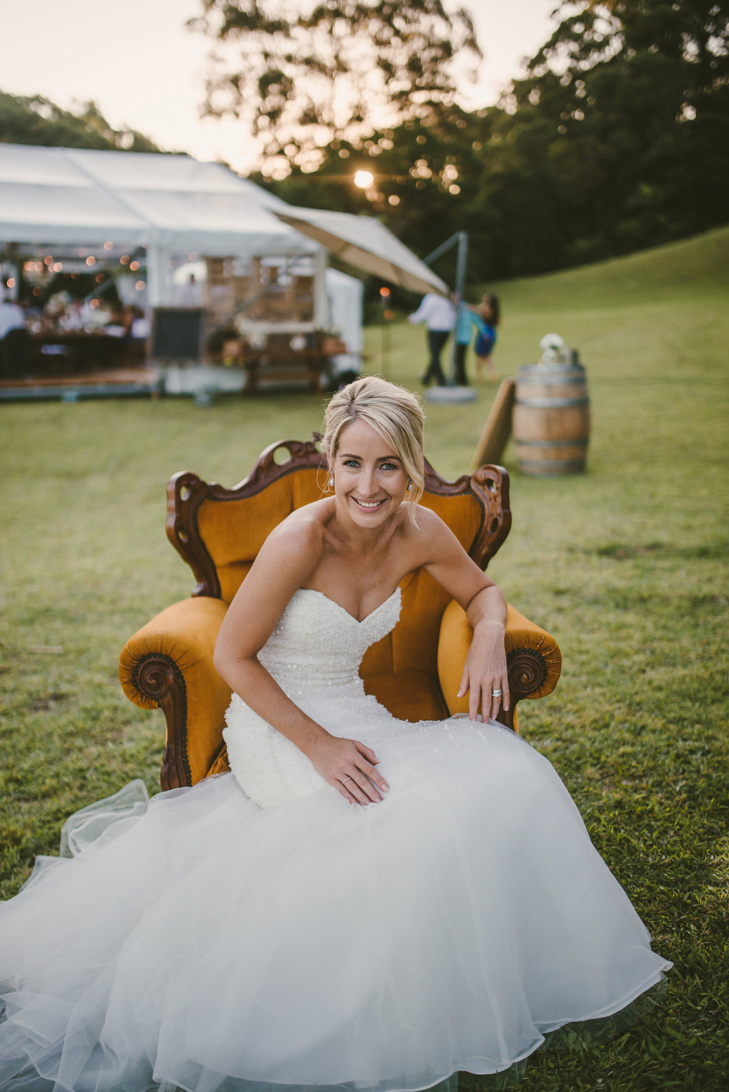 Berry Mountain Styled Sunny Country Wedding-10173