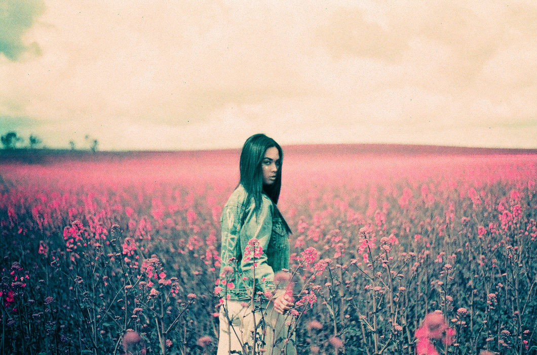 Pink Fields Lomochrome-10005