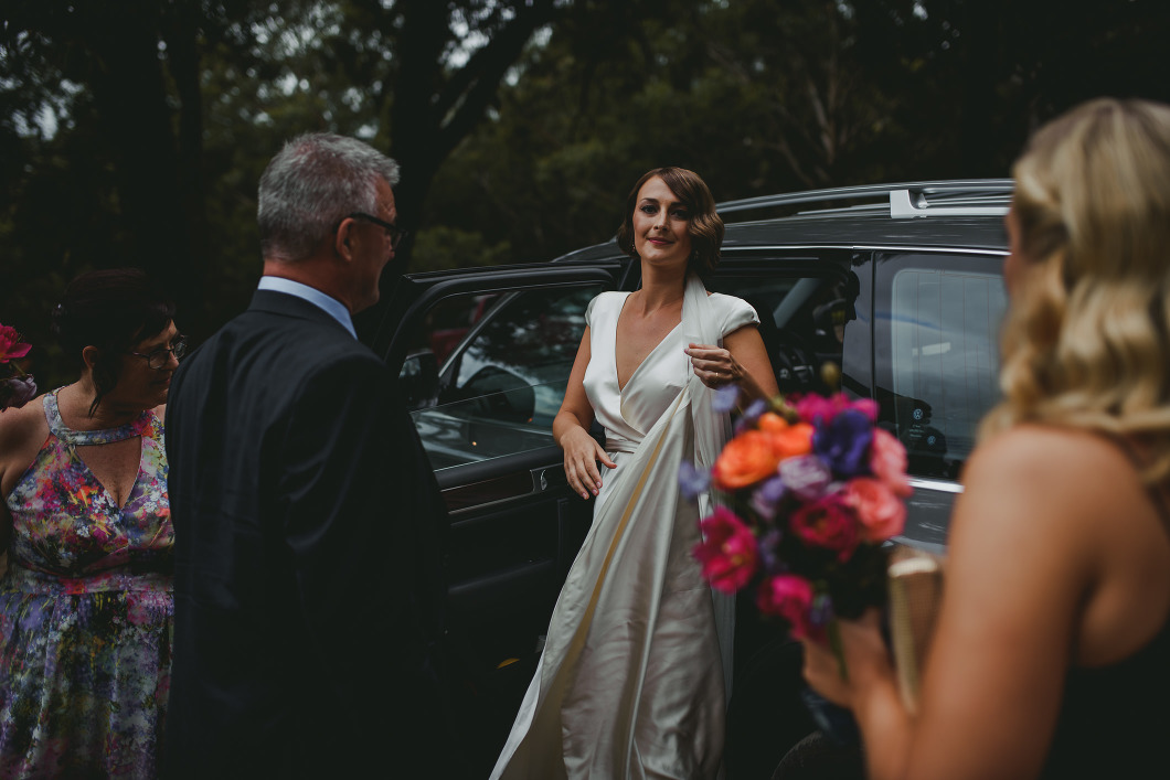 AMAZING KANGAROO VALLEY WEDDING JOHANNA JOHNSON GOWN-10079