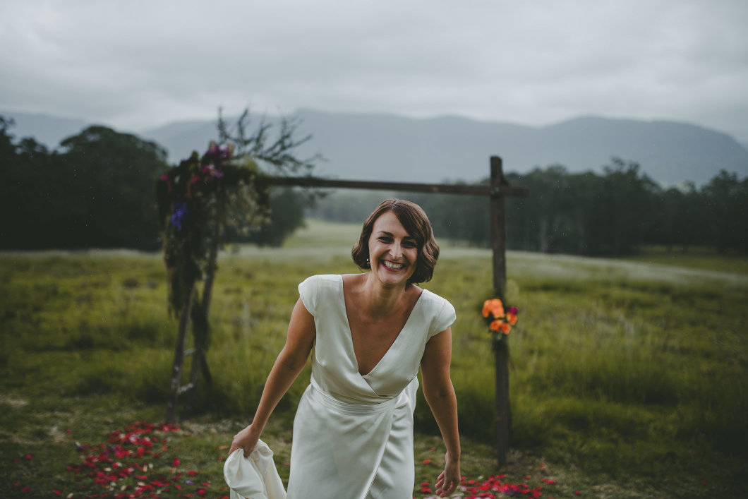 AMAZING KANGAROO VALLEY WEDDING JOHANNA JOHNSON GOWN-10145