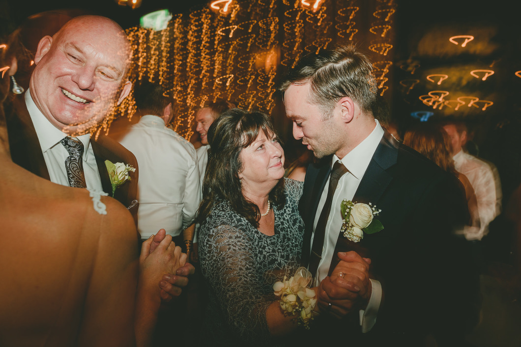 Chilled Out Relaxed Sydney Wedding-10184